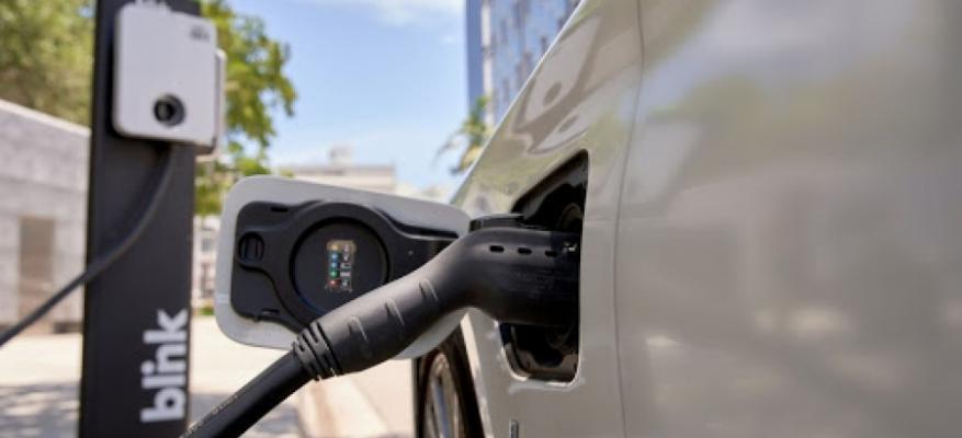 Πως θα φορτίζουν οι εταιρίες οδικής βοήθειας ένα ηλεκτρικό αυτοκίνητο που έχει μείνει από άδεια μπαταρία!!! | STARTEG.GR