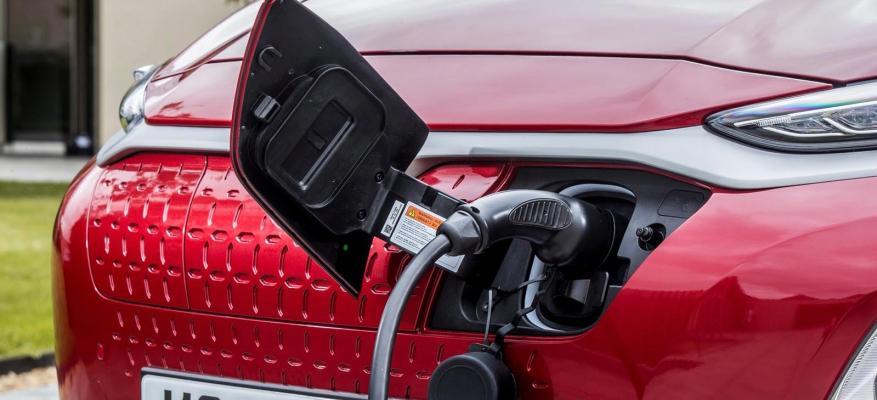 Αυτά είναι τα 10 καλύτερα ηλεκτρικά αυτοκίνητα!!! | STARTEG.GR