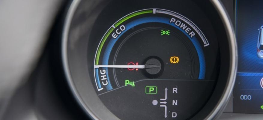 Υβριδικό Αυτοκίνητο: Όσα Πρέπει να Ξέρεις! | STARTEG.GR